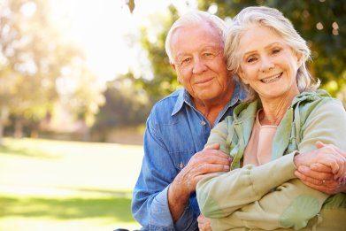 Abacus Life Settlements Older Couple