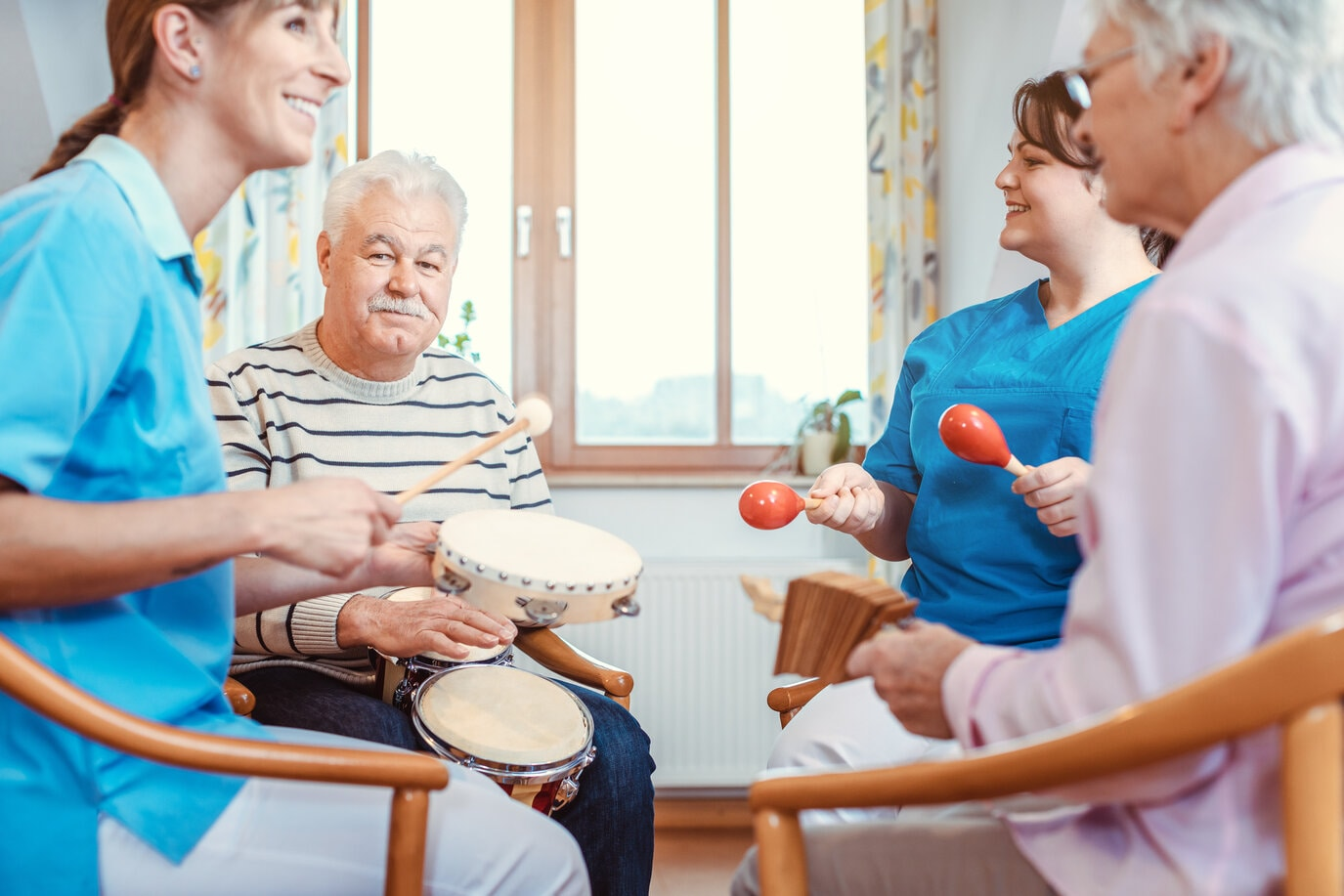 A Guide to Music Therapy in Senior Living Facilities